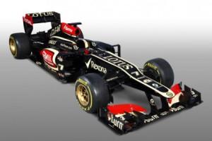 """F1, Raikkonen alla presentazione Lotus: """"la squadra ha vinto in passato, potrà ripetersi ancora"""""""