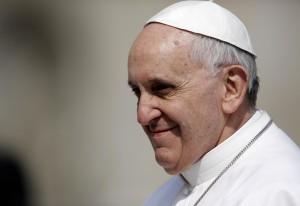 """Papa Francesco alle suore: """"La consacrata deve essere madre e non zitella"""""""