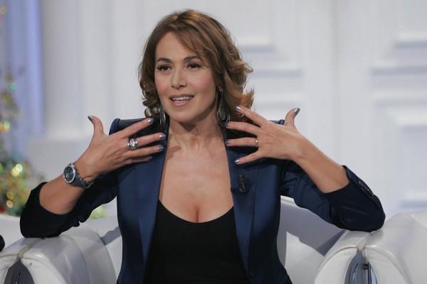 """Barbara d'Urso denunciata dall'ex marito: """"Non mi versa gli alimenti"""""""