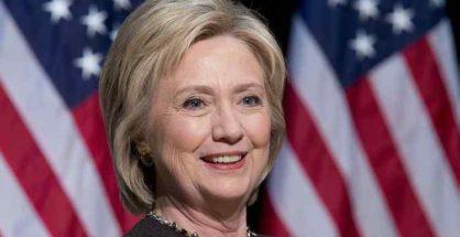 Hillary Clinton, la polmonite mette a rischio la sua campagna elettorale per tre settimane