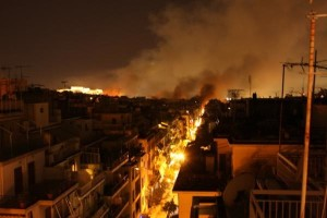 Grecia: Atene in fiamme, per il sindaco i danni sono irreparabili