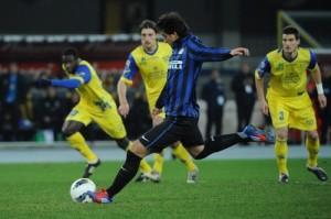 Serie A, anticipi: Napoli-Cagliari 6-3, Chievo-Inter 0-2