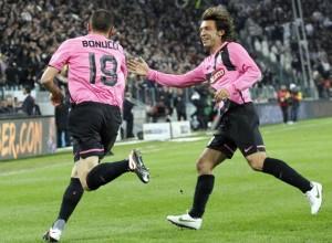 La Juve batte il Napoli 3-0 e si porta a -2 dal Milan