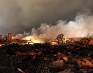Texas, esplode un impianto chimico: almeno 35 morti, oltre 160 feriti