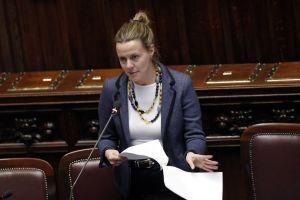 """Ministro Lorenzin, Ebola: """"Casi sospetti in Italia, esito negativo"""""""