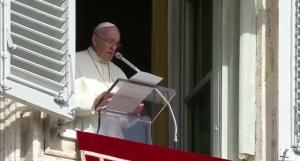 """Papa Francesco: """"In questo momento il nostro pensiero va a Genova"""""""