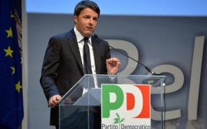 """Renzi, prima volta a Cernobbio: un """"successo"""" secondo i banchieri presenti"""