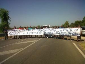 """Maglie-Otranto, proteste dei cittadini: """"Politici, quando finirete di specularci sopra?"""""""