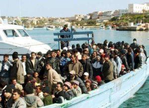 Allarme migranti: oltre 6.000 sbarchi in Italia negli ultimi quattro giorni