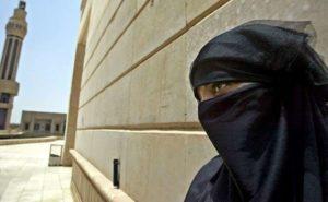 Terrorismo Isis: il racconto di Laura, fuggita dalla Siria ma condannata a 5 anni