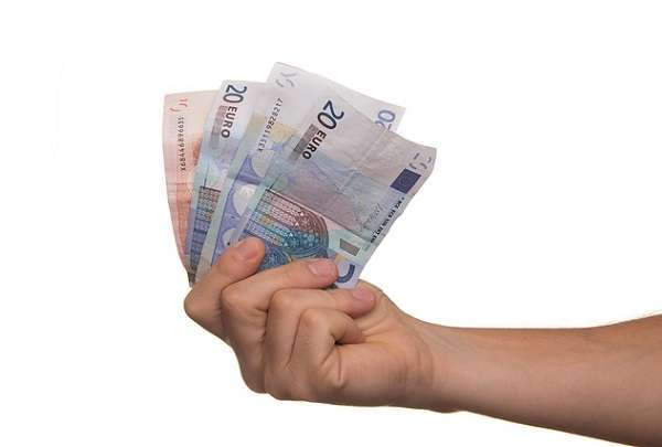 Prestiti: rate più leggere grazie a internet