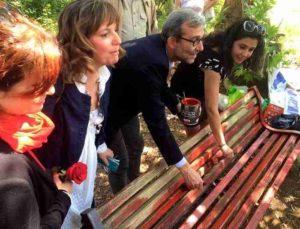 """Femminicidio, candidato sindaco Roma Giachetti: """"Dipingiamo una panchina di rosso"""""""