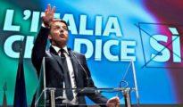"""Referendum, Renzi attacca il M5S sul Tar: """"I grandi professori hanno perso anche il ricorso"""""""