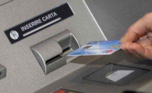 Carte di debito o bancomat: cosa bisogna sapere e quali sono le differenze