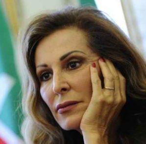 """Daniela Santanchè: """"Se Forza Italia facesse inciuci con Renzi"""""""
