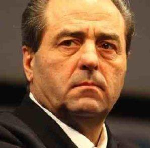 """Di Pietro: """"Berlusconi? Se fossi il suo avvocato gli sconsiglierei di querelare Di Battista"""""""