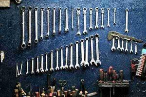 Quando l'hobby incontra i lavoretti di casa: come tingere il garage